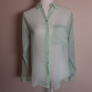 Blouse Women's.  XS/TP Sheer Green.  Roll Tab Slee